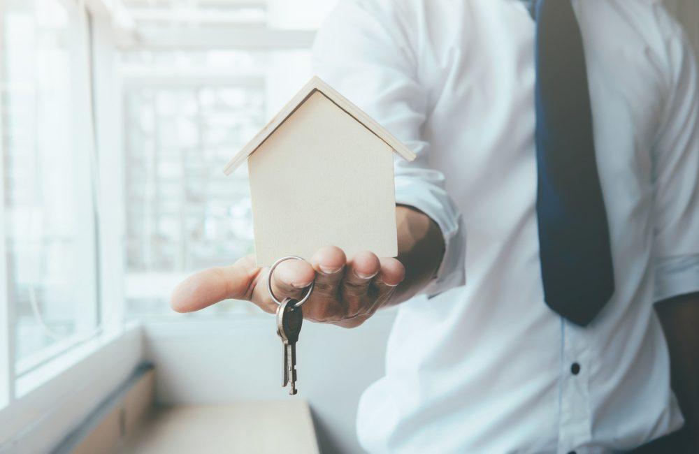 リクルートも民泊に参入へ。国内の大手賃貸業者の民泊参入状況まとめ